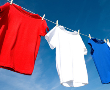 How to Keep T-Shirts and Clothes Looking New