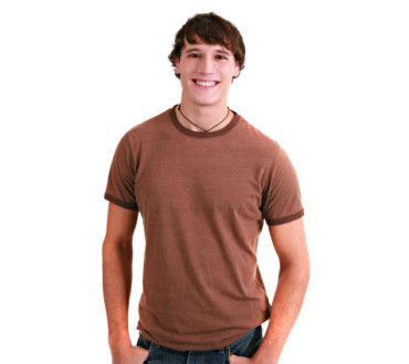How Long Should A T-Shirt Be On A Guy?