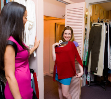 A Guide to Fitting Room Etiquette