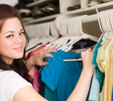 How To Organize A Clothes Swap