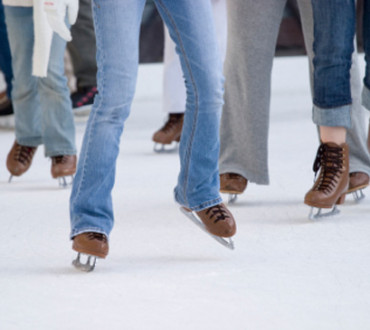 What to Wear Ice Skating