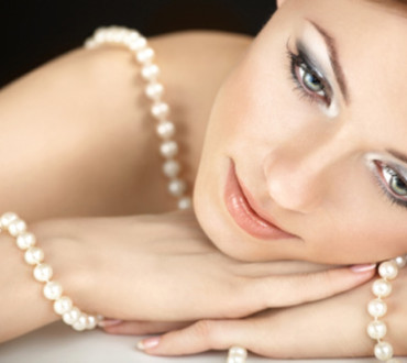 What to Wear with Pearls